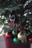 Decoration: Kiss Ornament